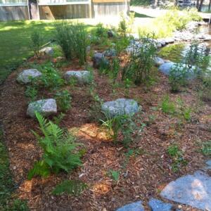 shoreline-garden-granite-rock